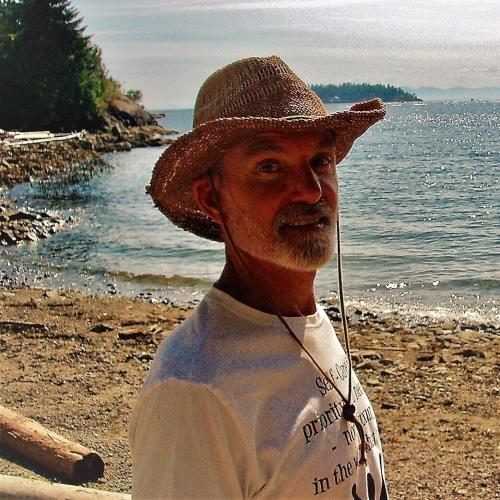 cropped-cliff-20180805-larson-bay-beach